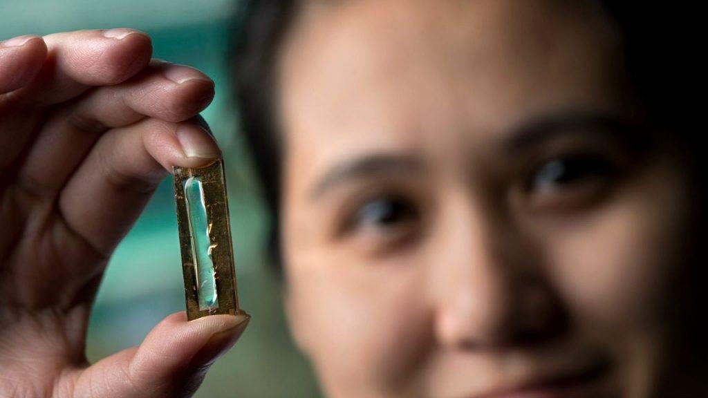 Mya Le Thai tarafından geliştirilen yeni bir pil, şu anda kullandığımız pillere göre 400 kat daha fazla şarj döngüsüne sahip.