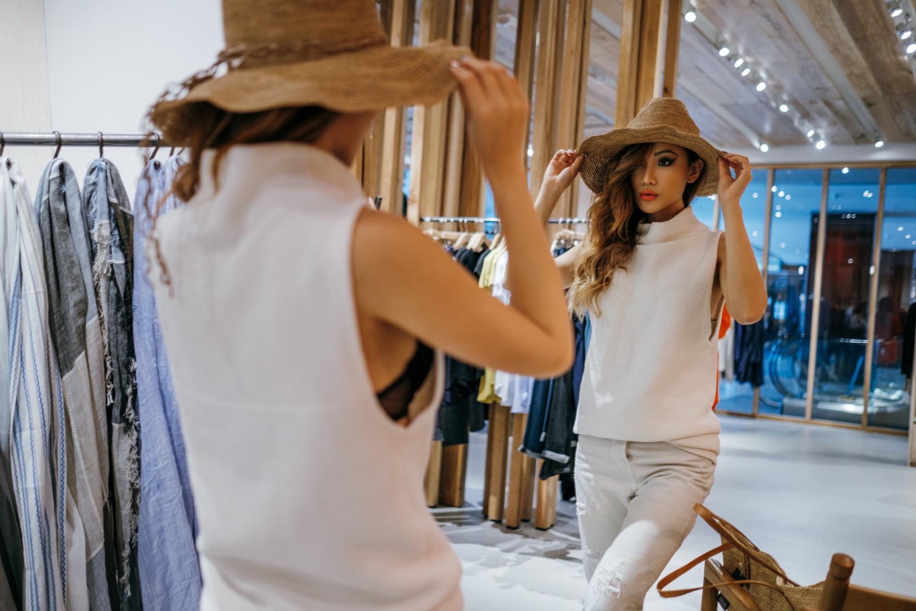 nyc-columbus-circle-shop-mall-notjessfashion-top-nyc-fashion-blogger-006