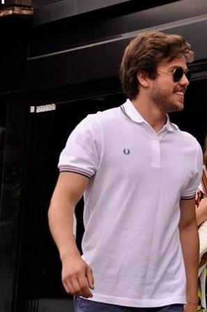 Ali-beyaz-tshirt